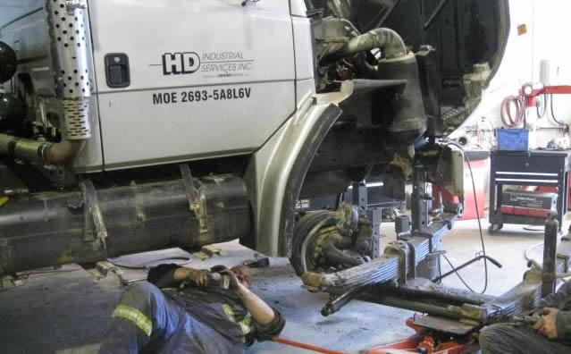 Description du métier de mécanicien de camions